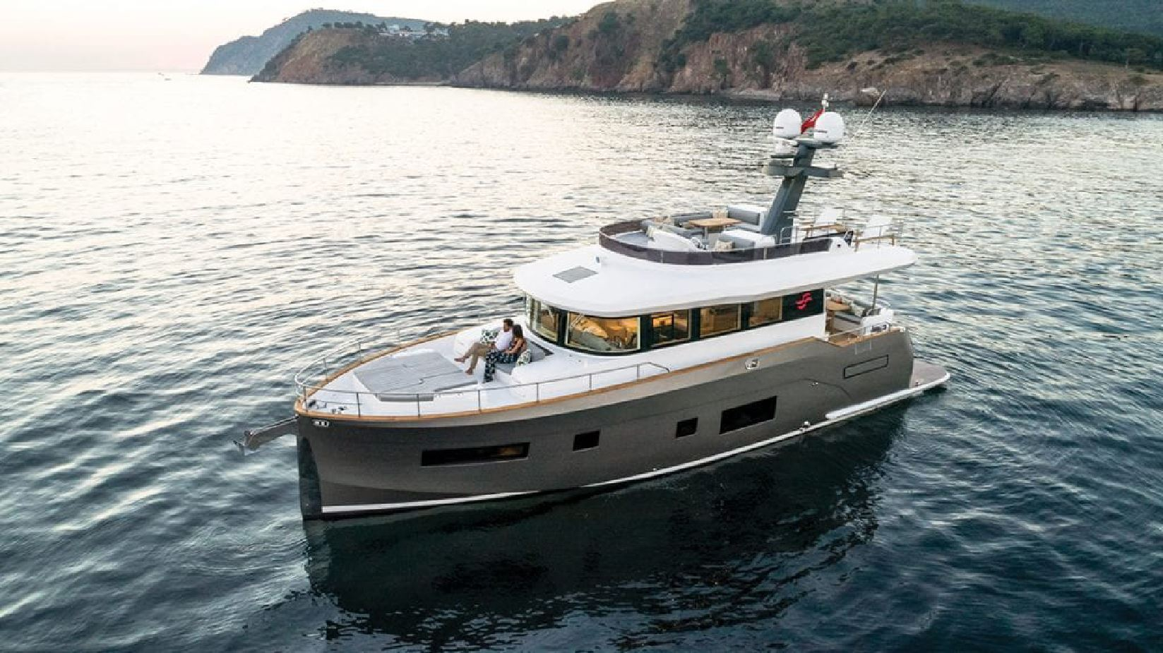Picture of Sirena 58